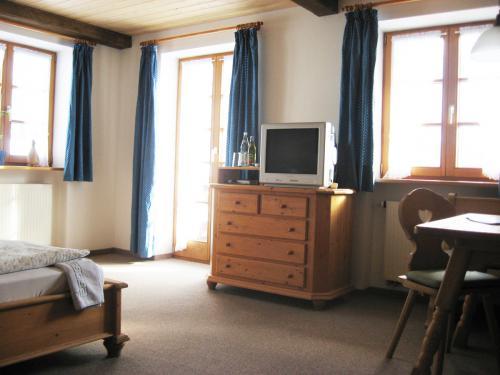 Zimmer 2: Wohnbereich