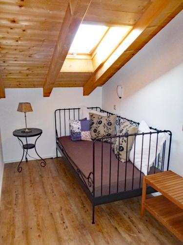 Zimmer 7: Durchgangszimmer mit Zusatzbett